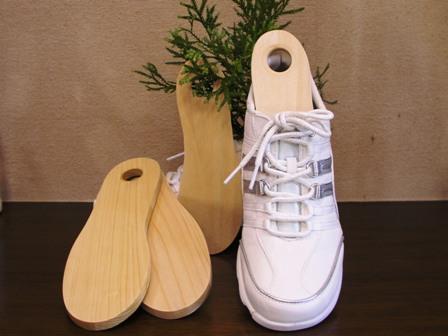 靴の臭い特にスニーカーは気になりませんか?